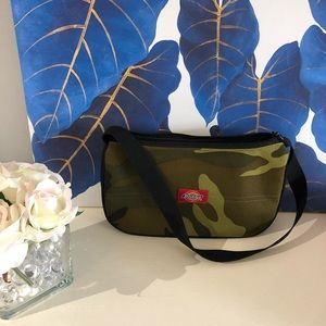 Dickies camouflage purse